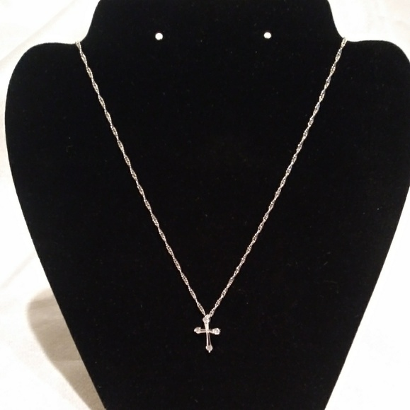 Jewelry - New lovely cross necklaces